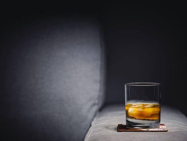 whisky-2619215__480