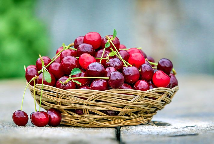 cherry-2554364__480
